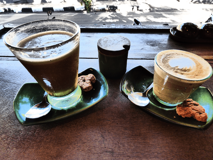 2 coffees on table