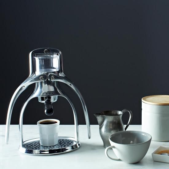 Coffee Maker Non Electric : Coffee Gifts For Coffee Lovers: 19 Ideas to Go Bananas Over - Home Grounds