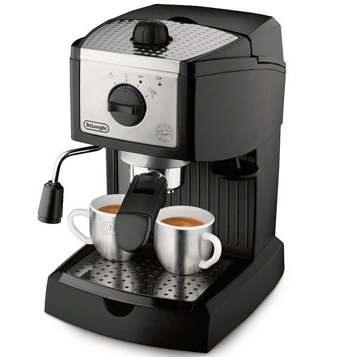 Coffee Machine with 2 cups of coffee