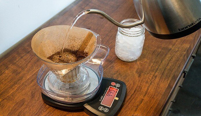 Brewing with the clever coffee dripper