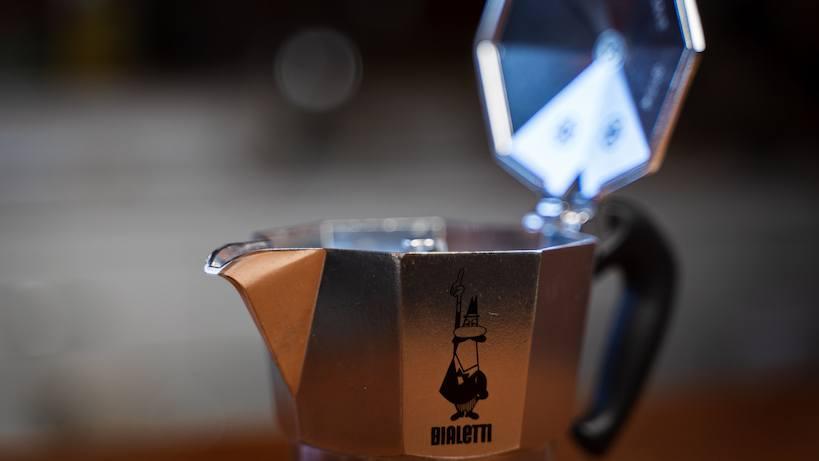 bialetti espresso maker capacity